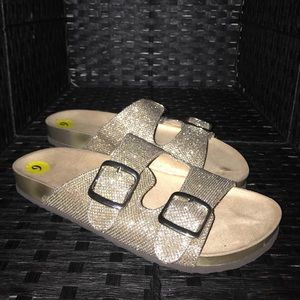 White mountain sandals size 9 womens